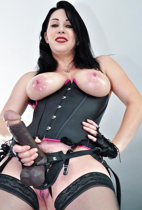 Free Huge Tits Strapon Porn