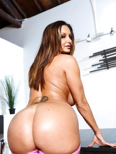 Free Big Booty Porn