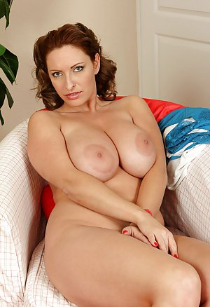 Free Huge Tits Wife Porn