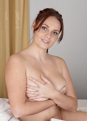 Free Huge Tits Housewife Porn