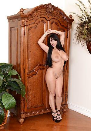 Free Huge Tits High Heels Porn