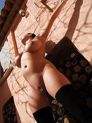 Free Huge Tits Fetish Porn