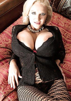 Free Huge Tits Lingerie Porn