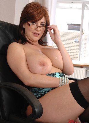 Free Huge Tits in Glasses Porn