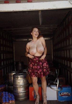 Free Amateur Huge Tits Porn